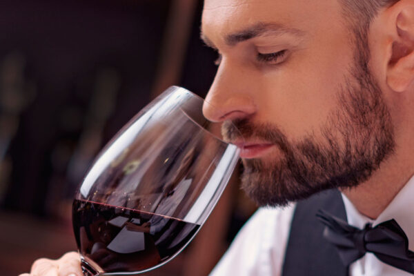 The Differences Between Taste & Flavor in Wine